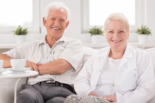Nursing Home Or Home Healthcare Which One Is Better For Your Aging Parents